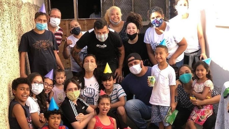 Instituto Sonhe chegou a entregar 5.000 marmitas para a população de rua da Cracolância - @cometowater