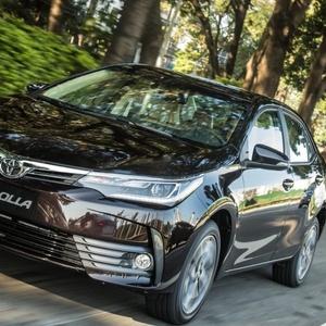 Toyota Corolla similar ao usado pelo adolescente