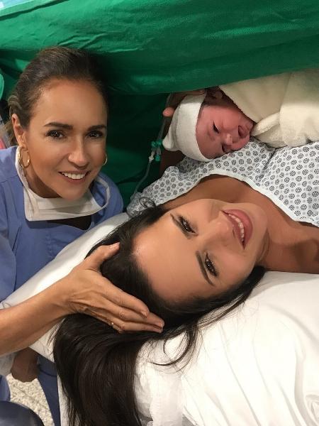 Daniela Mercury ao lado de filha e neta - Reprodução/Instagram