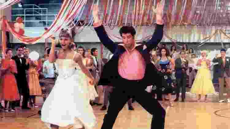 """Olivia Newton-John e John Travolta em cena de """"Grase - Nos Tempos da Brilhantina"""" - Reprodução - Reprodução"""