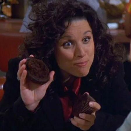"""Julia Louis-Dreyfus em cena de """"Seinfeld"""" - Reprodução"""