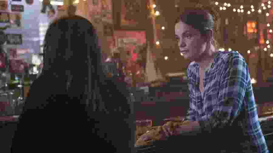 """Maura Tierney e Ruth Wilson em cena da série """"The Affair"""" - Divulgação"""