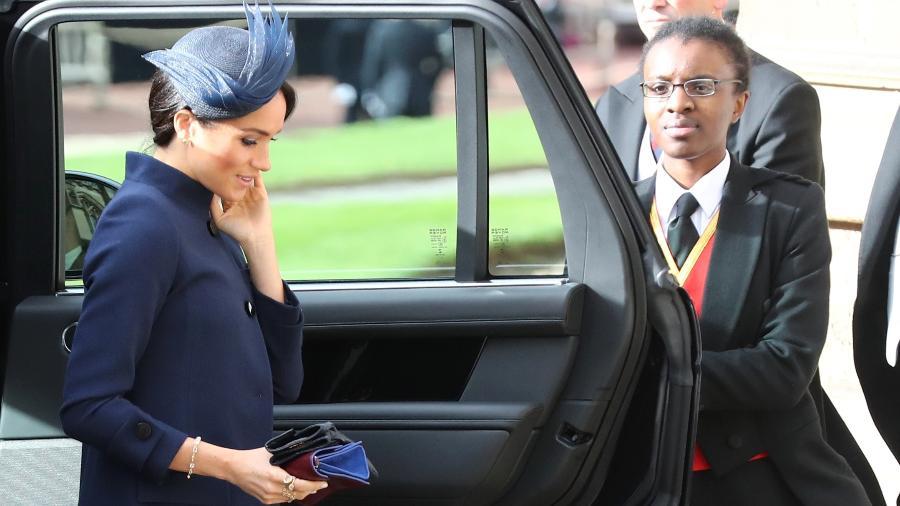 Meghan, a duquesa de Sussex, na chegada à cerimônia do casamento da princesa Eugenie - Getty Images