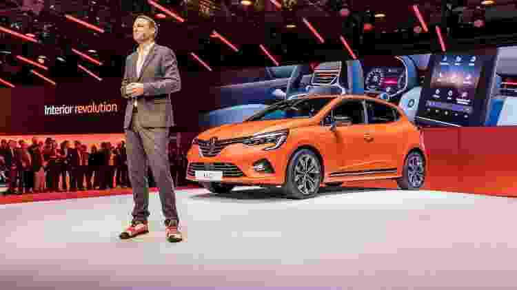 Van den Acker assina a identidade visual da Renault -