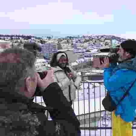 Glória Maria em entrevista na Noruega - Divulgação