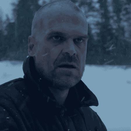David Harbour como Hopper no teaser de Stranger Things 4 - Reprodução/YouTube