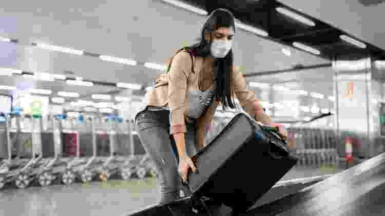 Evite aglomerações também na hora de pegar sua bagagem - Getty Images - Getty Images