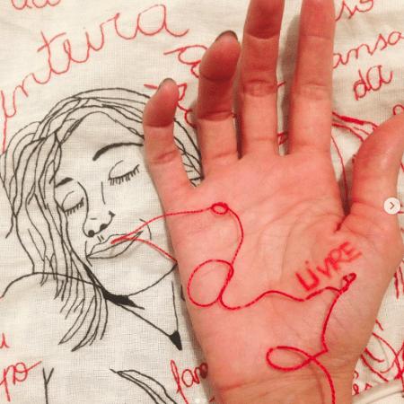 Bordado de quarentena de Karina Ribeiro - Reprodução Instagram