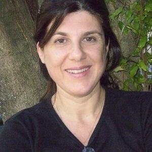 A autora de novela Maria Helena Nascimento