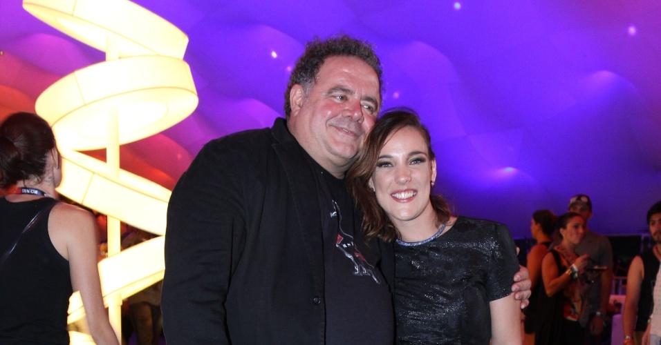 25.set.2015 - Adriana Birolli e Léo Jaime posam juntos no quinto dia de Rock in Rio