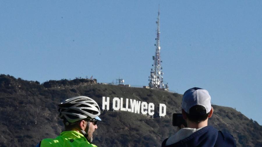 Tradicional símbolo da cidade do cinema, Hollywood, vira Holyweed após brincadeira de Ano Novo - Gene Blevins/AFP
