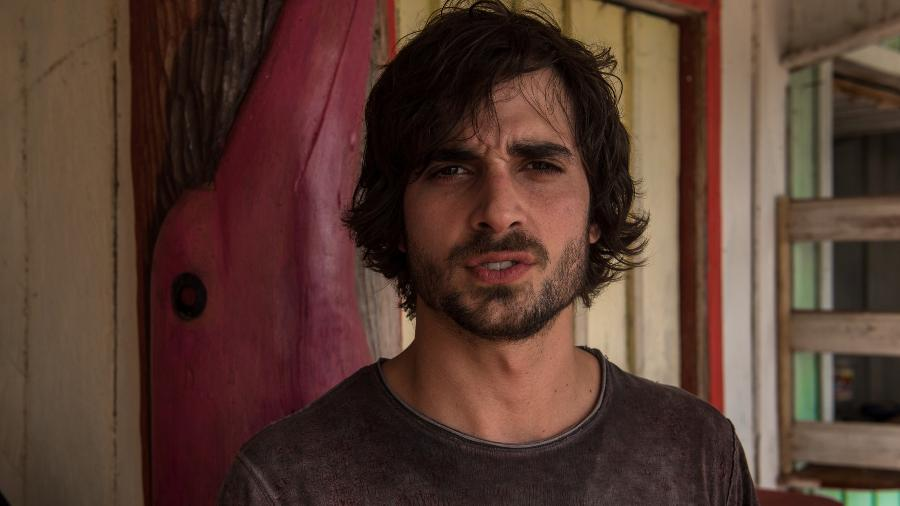 """Fiuk vai interpretar Ruy em """"A Força do Querer"""" e acredita ser esse seu primeiro papel maduro e que procurou fazer uma preparação intensa para distanciá-lo de sua personalidade """"mais moleque"""" - Divulgação/TV Globo/Estevam Avellar"""