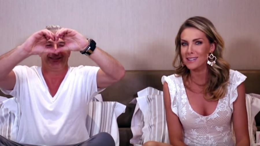 Alexandre Corrêa e Ana Hickmann em vídeo para o canal dela - Reprodução/Youtube