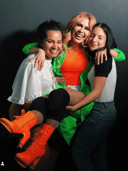 Joelma com as filhas, Natalia e Yasmin - Reprodução/Instagram