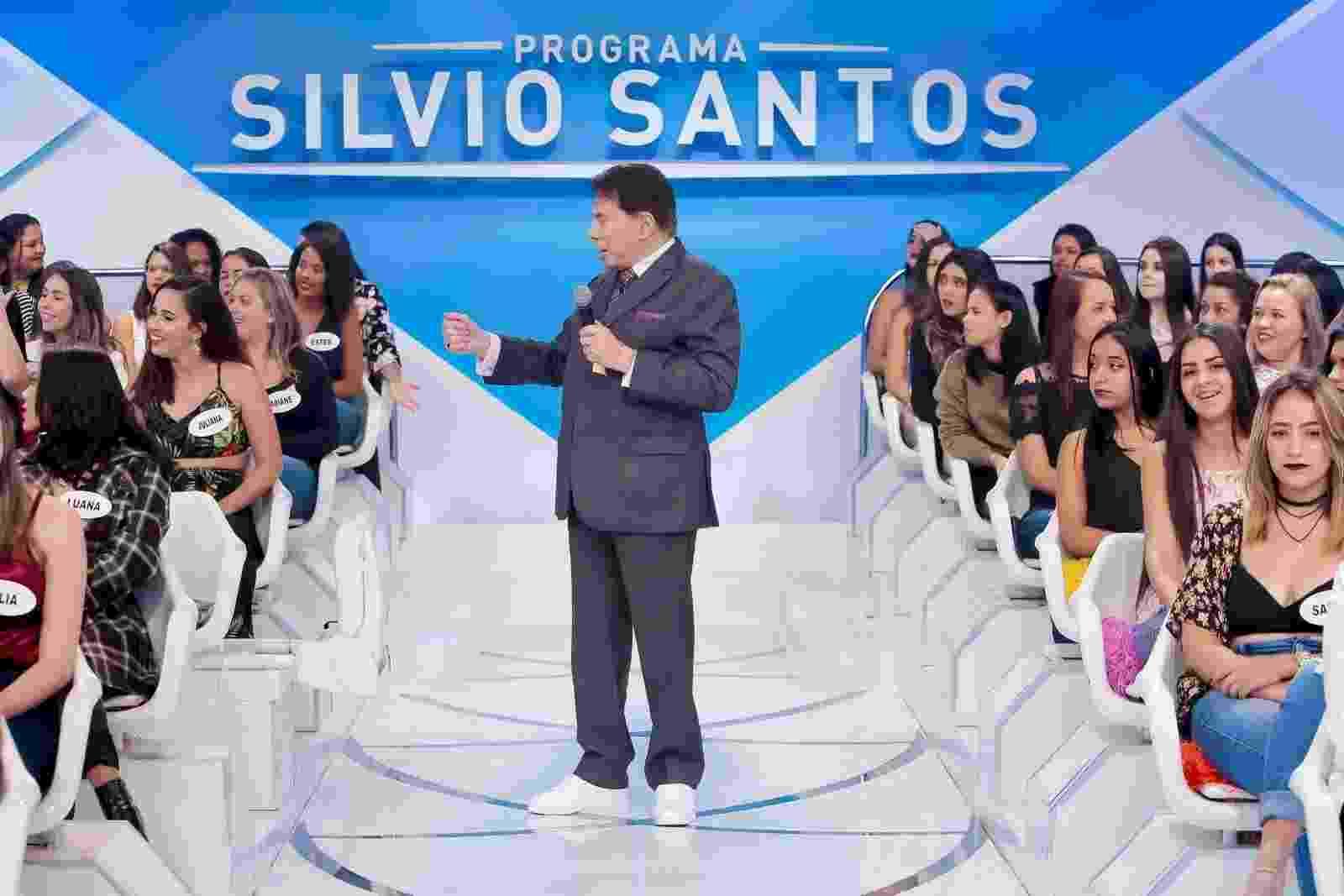 Silvio Santos escolheu um tênis branco para compor seu figurino - Lourival Ribeiro/SBT