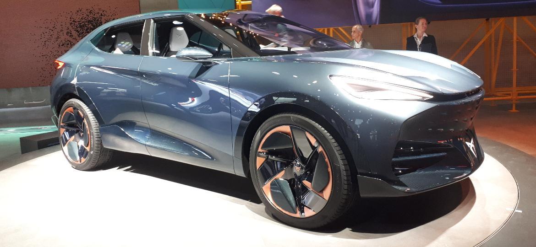 Tavascan: conceito 100% elétrico tem 306 cv e autonomia de 450 km - Vitor Matsubara/UOL