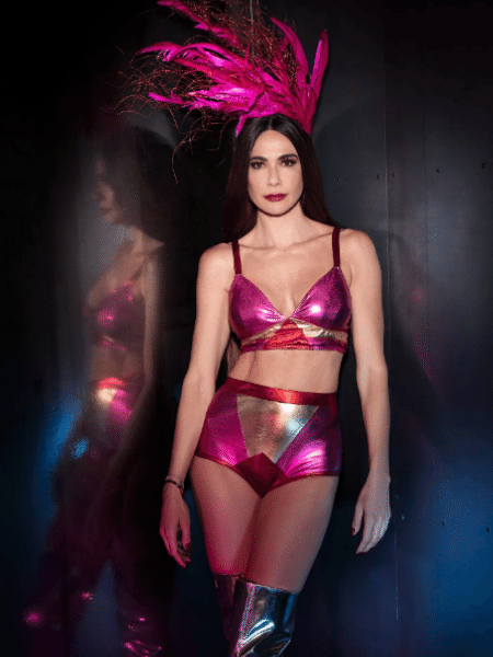 Luciana Gimenez posa em ensaio de Carnaval - Danilo Borges
