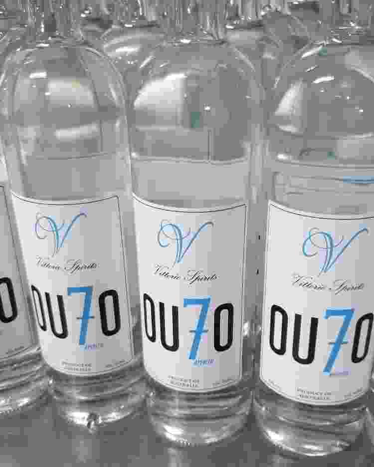 Ou7o, o ouzo australiano - Reprodução/Instagram - Reprodução/Instagram