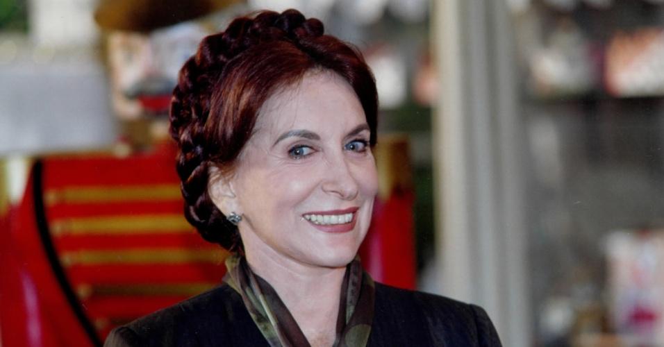 """Tereza Rachel como Dona Berta na novela """"Era Uma Vez"""" (1998)"""