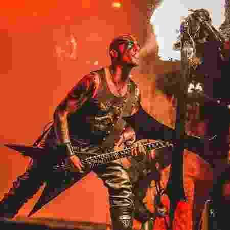 O guitarrista Set Teitan em ação com o Watain - Divulgação/Ressurection Fest