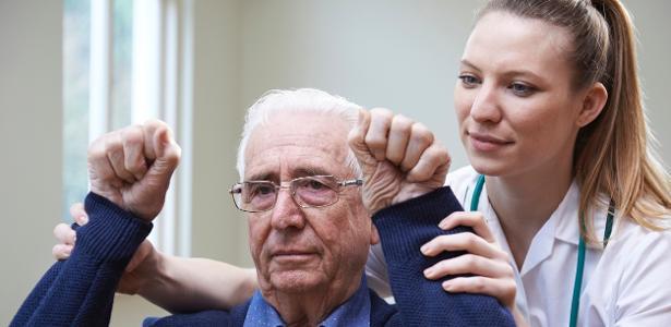 Os cientistas notaram uma melhora significativa na mobilidade do braço nos pacientes.