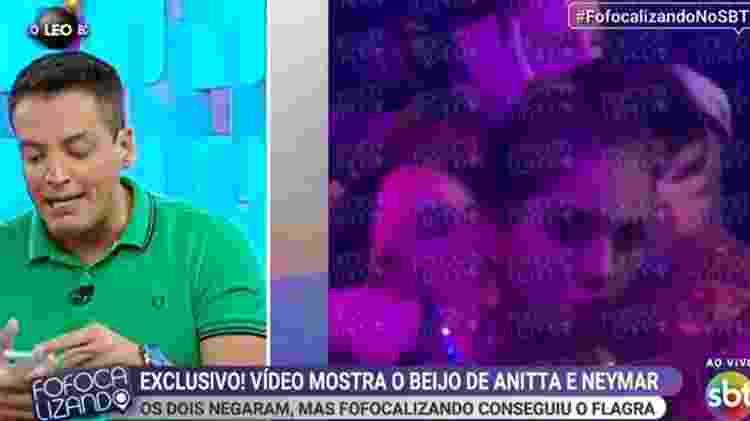 Anitta beija Neymar em camarote da Sapucaí - Reprodução/SBT - Reprodução/SBT