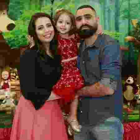 Wala e Hussein recorreram à fertilização in vitro para oferecer transplante compatível à filha Cyrin - Arquivo pessoal