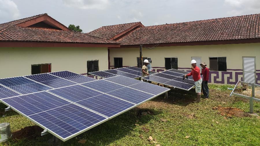 Projeto leva energia solar para garantir serviços de saúde a aldeias indígenas do Amapá - Rafael Kotchetkoff Carneiro