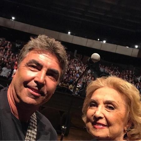 John Herbert e a mãe, Eva Wilma - Reprodução / Instagram