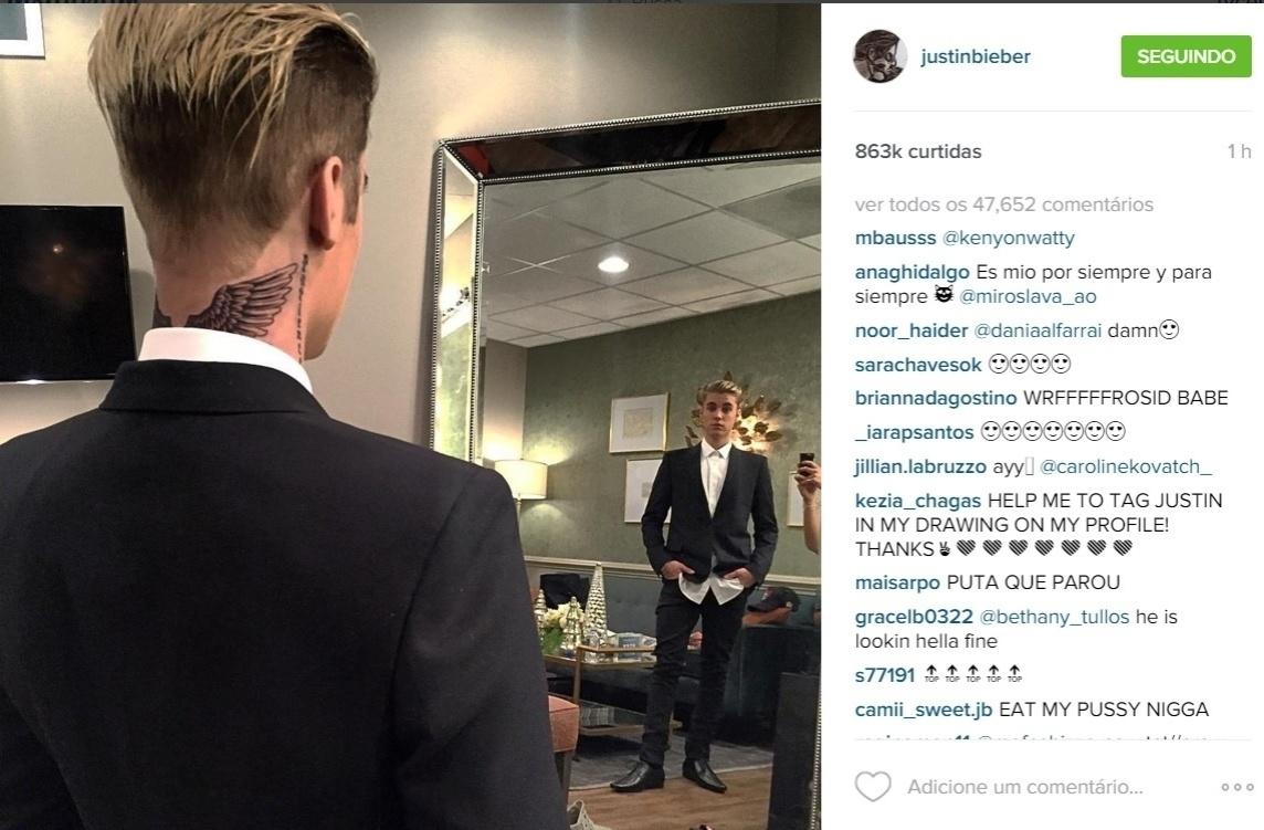 10.dez.2015 - Na noite desta quinta-feira, Justin Bieber usou seu perfil no Instagram para exibir sua nova tatuagem. ?Novas tatuagens?, se limitou a dizer o cantor na legenda da imagem