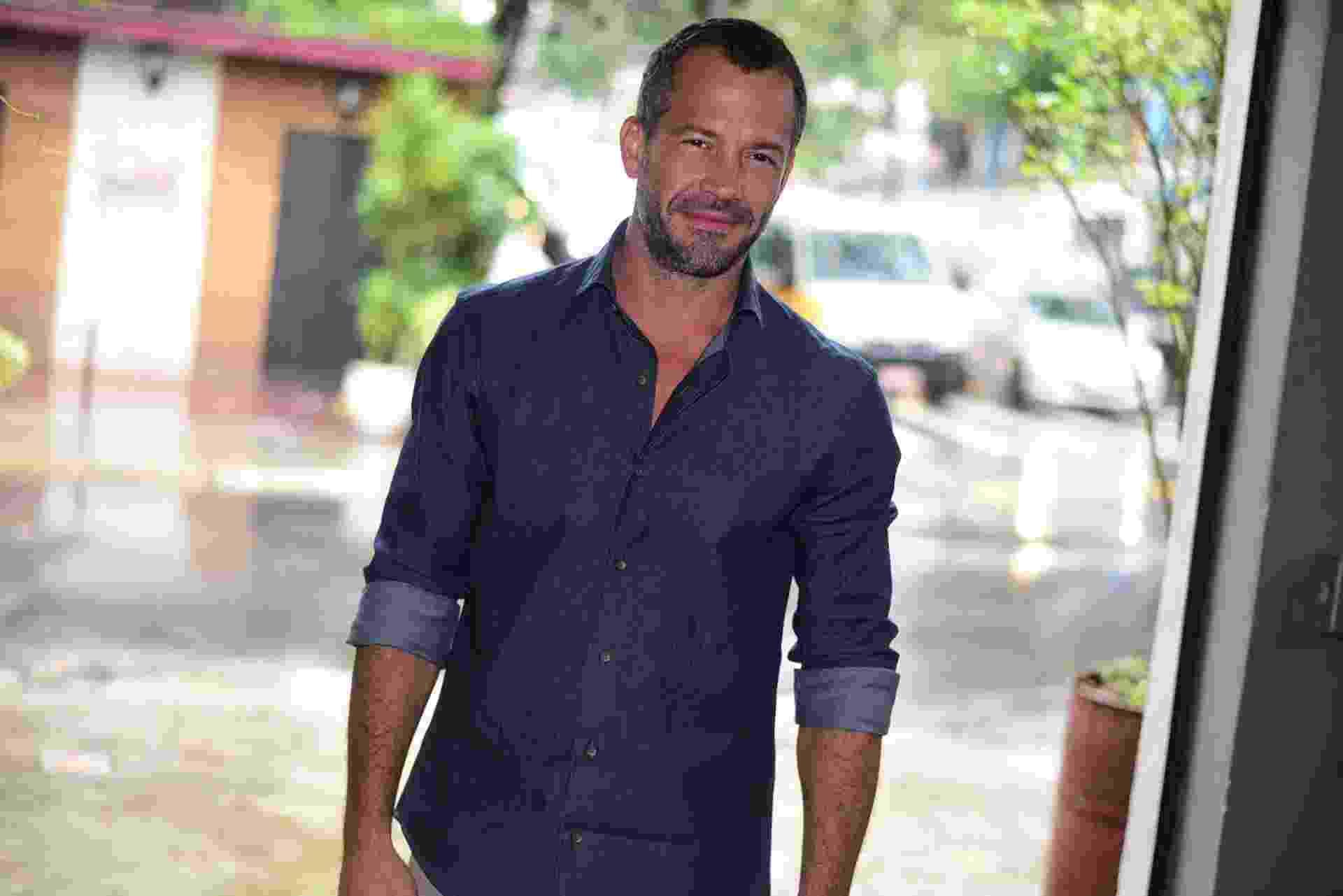 """1.mar.2016-  Malvino Salvador também está no elenco de """"Haja Coração"""" e fará Apolo, namorado de Tancinha (Mariana Ximenes), que se apaixonará por Tamara (Cleo Pires) - Ag.News"""