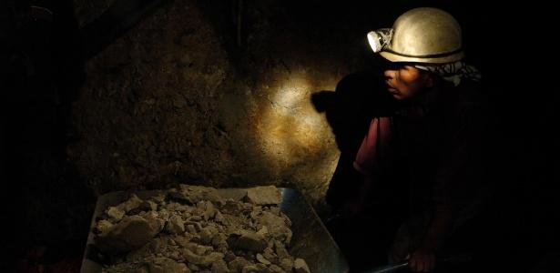 A expectativa de vida dos mineiros do Cerro Rico é de 45 anos - Christophe Meneboeuf /Creative Commons