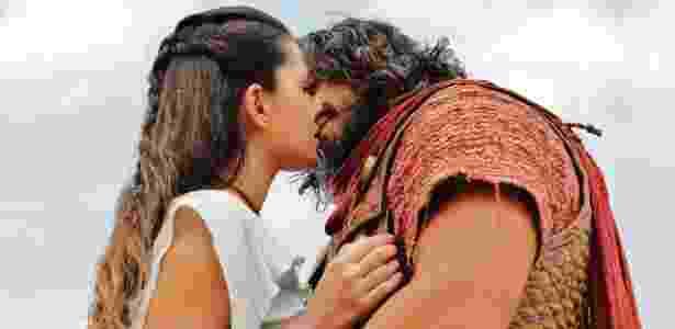 Segundo Thaís, o público quer ver a volta do casal Joruna - Munir Chatack/Record
