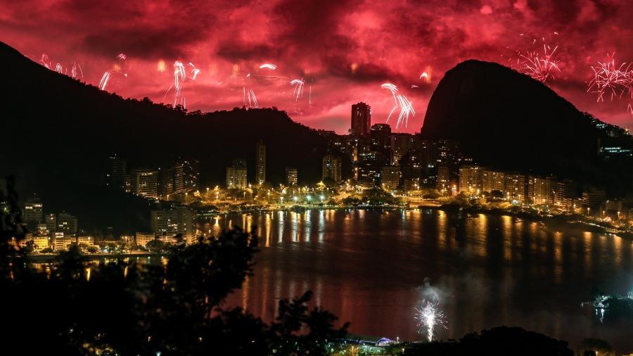 Queima de fotos de Réveillon de Copacabana, maior festa de Ano Novo do Brasil - Rudy Trindade/FramePhoto