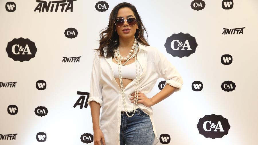 "Anitta posa para fotos durante coletiva de imprensa do projeto ""Xeque-Mate"" - Manuela Scarpa/Brazil News"