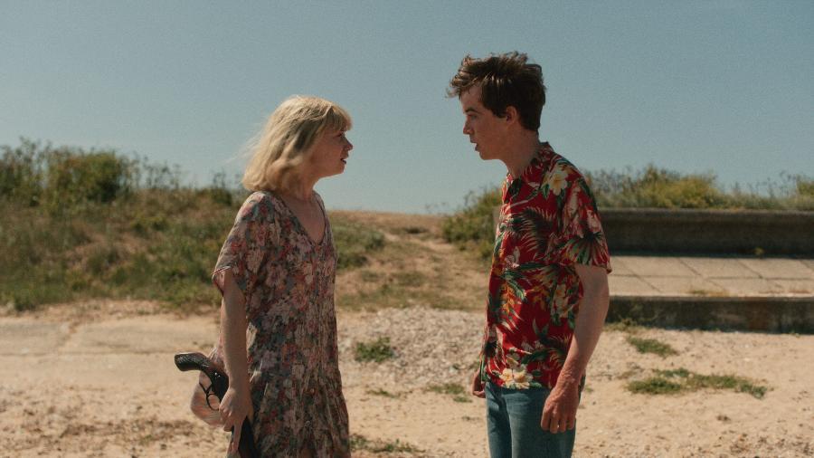 """James (Alex Lawther) e Alyssa (Jessica Barden) em cena de """"The End of the F***ing World"""" - Divulgação/Netflix"""