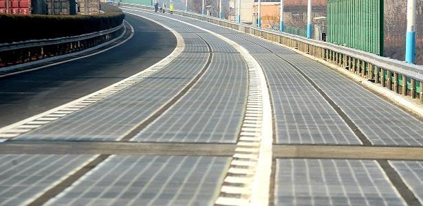 Estrada inteligente em Jinan, na China, poderá futuramente carregar carros elétricos