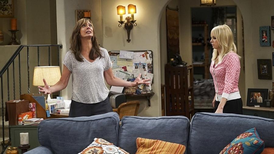 """Allison Janney e Anna Faris em cena de """"Mom"""" - Divulgação"""