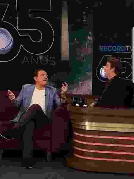 """Liberado pelo SBT, Roberto Cabrini concedeu entrevista ao """"Programa do Porchat"""", que a Record exibe nesta quinta-feira - Divulgação - Divulgação"""
