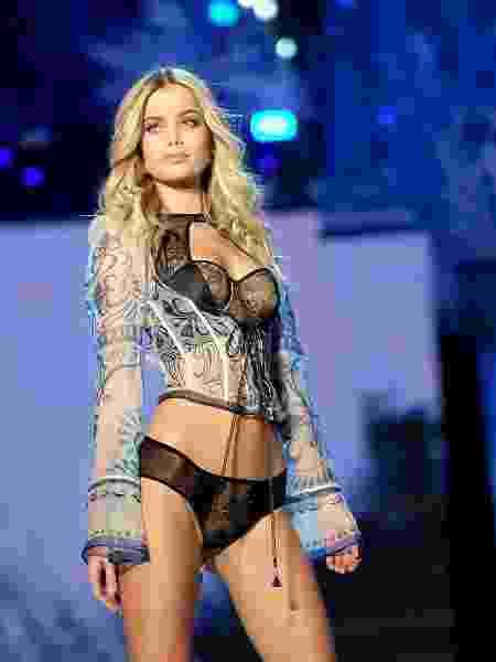"""O Victoria""""s Secret Fashion Show é conhecido por suas modelos (magérrimas) desfilando de lingerie - Getty Images"""