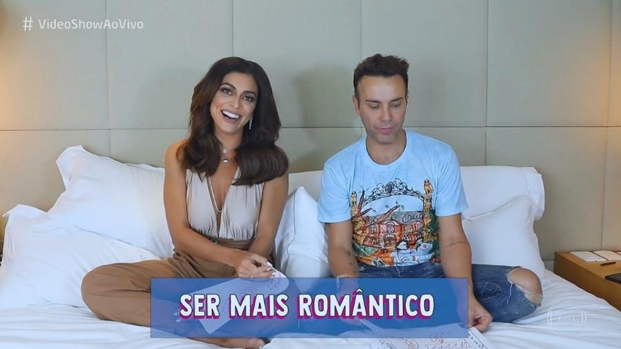 """Juliana Paes durante papo com  Matheus Mazzafera no """"Vídeo Show"""" - Reprodução / TV Globo"""