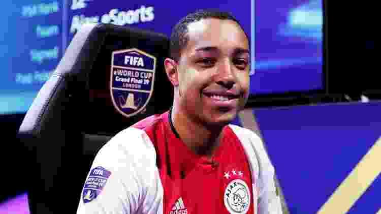 Um dos nomes em ascensão, Tore joga atualmente pela Ajax. - Divulgação/FIFA