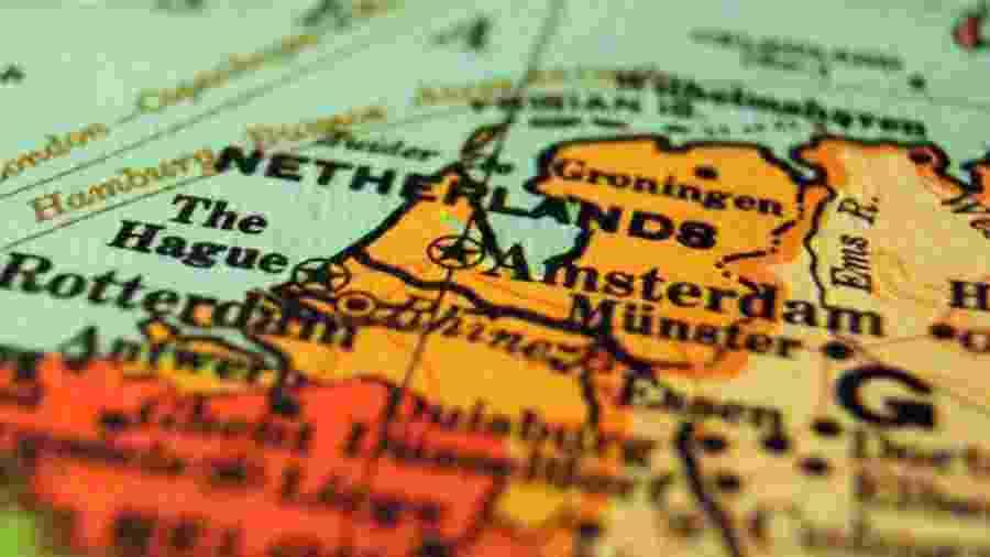 O país da Holanda [Netherlands, em inglês] no mapa da Europa - Ian/Unsplash