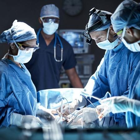 Mais afetadas são as cerca de 80 mil pessoas que fizeram transplante de rim - iStock