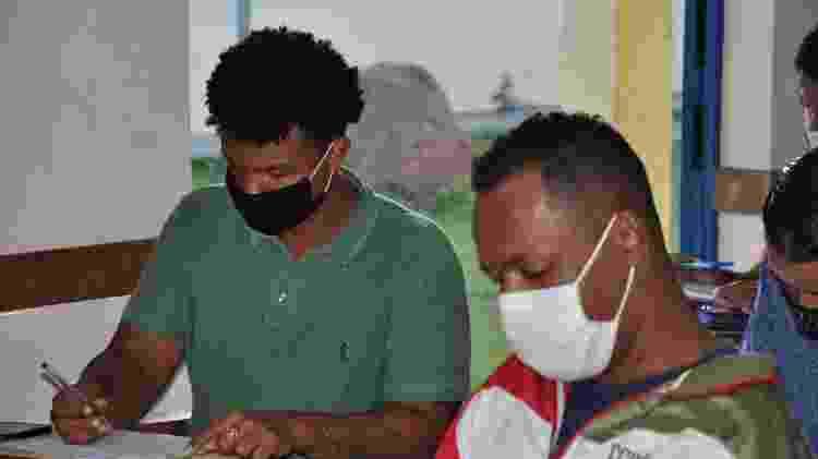 Egressos do sistema prisional participam de curso de desenvolvimento pessoal - Rafael Santana/ O Amarelinho/ Divulgação - Rafael Santana/ O Amarelinho/ Divulgação