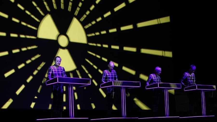 A banda alemã Kraftwerk durante show em maio de 2012 no Sónar Brasil - Adriana Spacca/Photopress