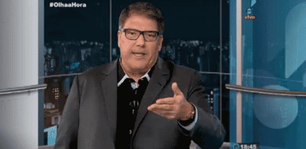 Luciano Faccioli faz comentários irônicos após mudança repentina de horário - Reprodução/RedeTV.com.br