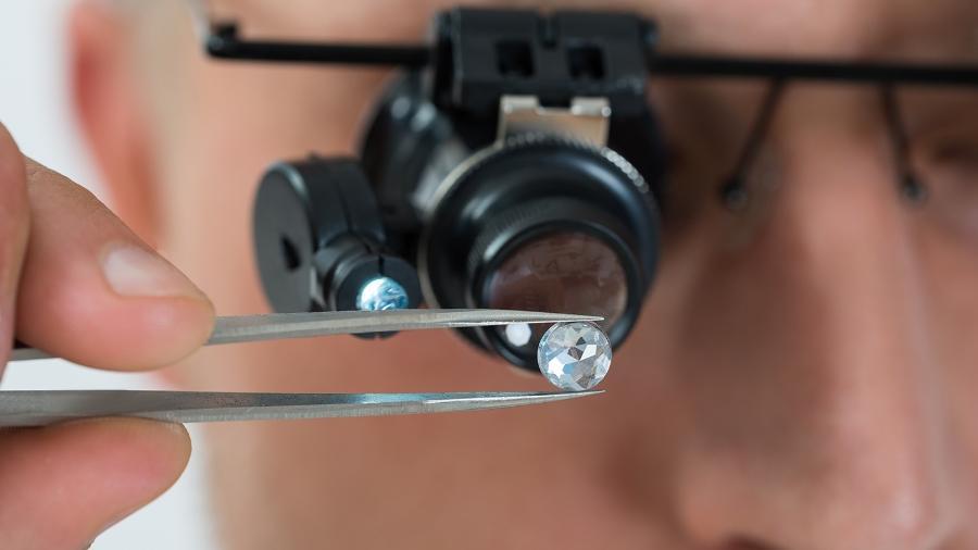 """""""O diamante é mais do que um item de luxo, é um milagre da natureza"""", diz Luciana Marsicano, diretora-geral da Tiffany no Brasil - Shutterstock"""