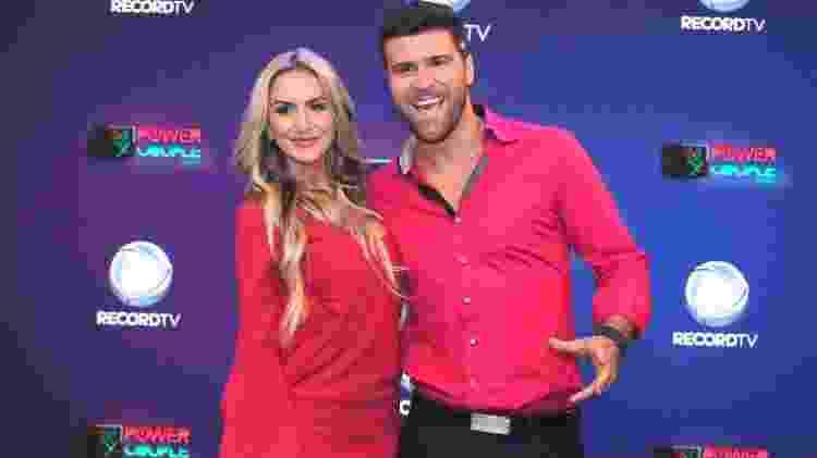 Os humoristas Julia Zangrandi e Marcelo Iie Ié  - Thiago Duran/AgNews  - Thiago Duran/AgNews
