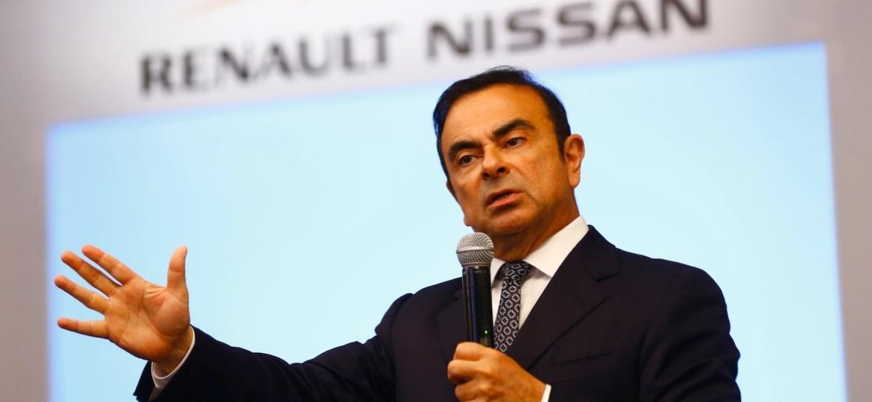 Carlos Ghosn, ex-chefão da Renault-Nissan, atualmente no topo do conselho, pode voltar como líder da nova empresa - Divulgação